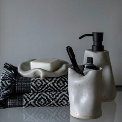 Mette Ditmer Morocco Håndkle 50x95 Sort/Hvit